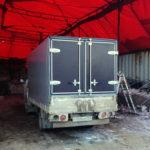 Задние распашные ворота для грузового автомобиля Toyota Dyna