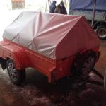 Тент двухскатный (домиком) на прицеп легкового автомобиля в Новосибирске, размер 190х145х45 см. Изготовлен компанией «Овен»